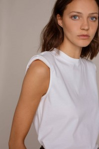 Humanoid Mented white top